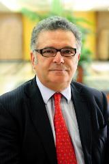 Dr. Pitelis